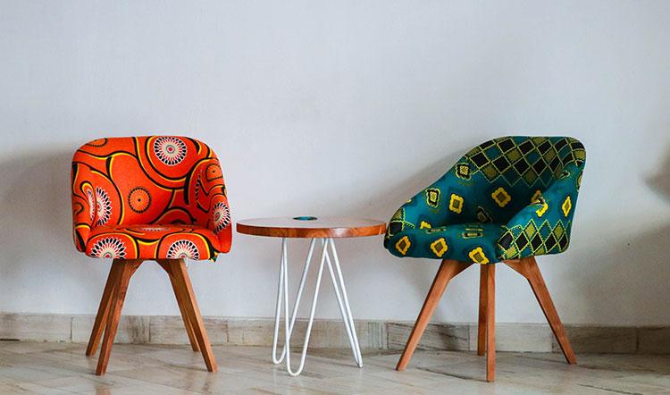 Vintage stoelen kleurrijk design