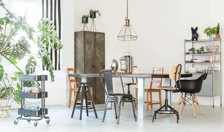industriele meubels in industrieel interieur