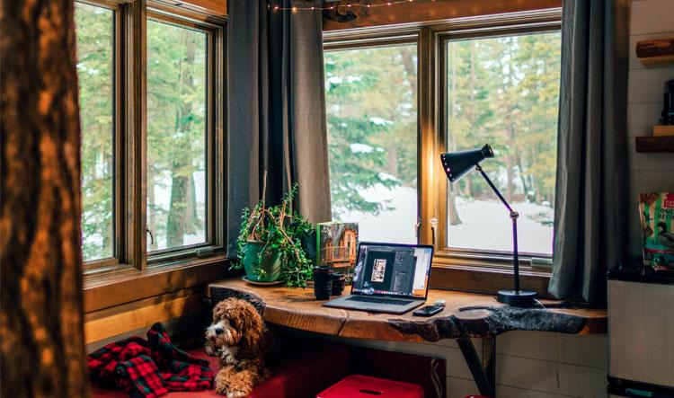 werkplek vensterbank bureau