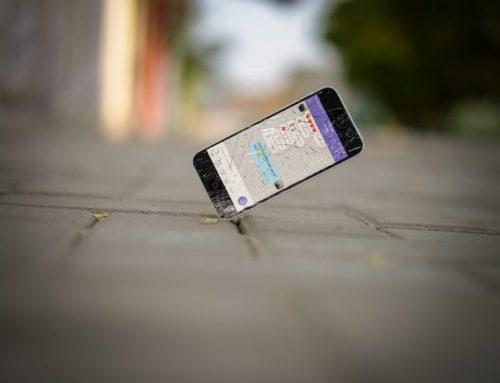 Telefoon valt kapot: dekt de inboedelverzekering de schade?